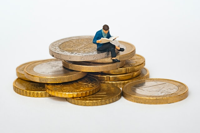 Tips for students interested in Investing